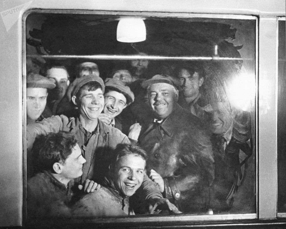 Moscow Metro workers celebrating the completion of their work
