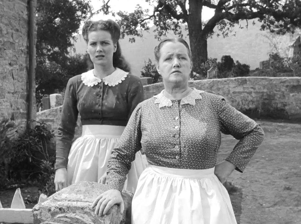 The formidable Morgan women, daughter Angharad (Maureen O'Hara) and mother Beth (Sara Allgood)