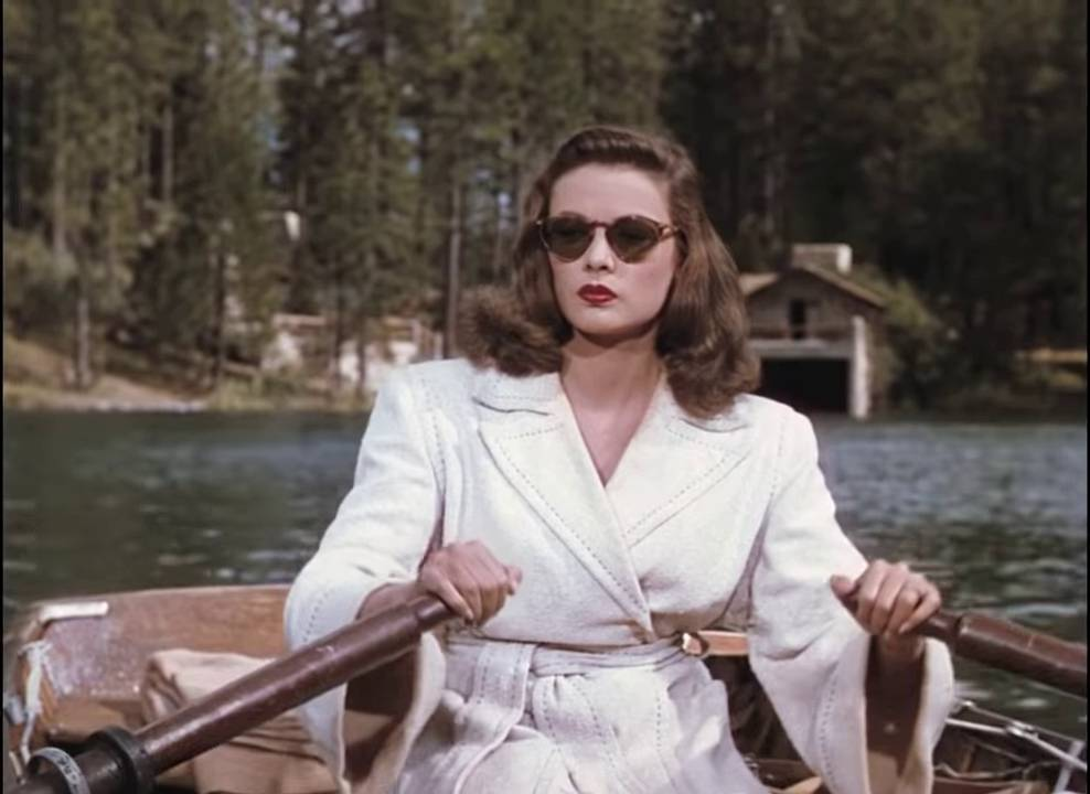 Gene Tierney as Ellen in the rowing boat scene